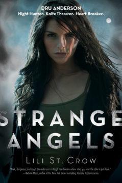 Лилит Сэйнткроу - Странные ангелы